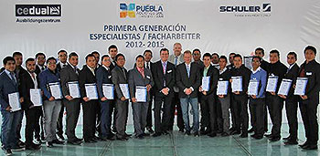 The first intake of apprentices at Schuler's vocational training center in Mexico have received their leaving certificates.