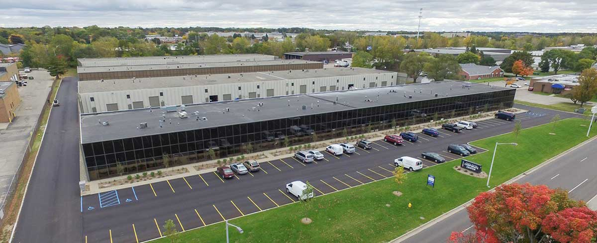 The proximity of the new facilities to the Grand Rapids airport lets the North America team at Schwarze-Robitec respond even faster.